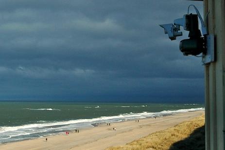 Webcam in Wenningstedt mit Blick vom Kliff auf den Strand und das Meer