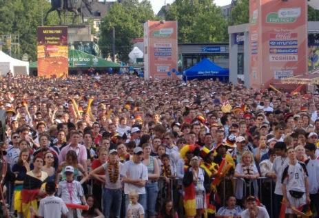 Public Viewing der Fußball Europameisterschaft 2008 in Westerland auf Sylt